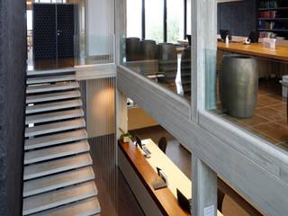 by architectenbureau Vantilt Houben bvba Modern