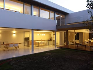 Houses by costa & valenzuela