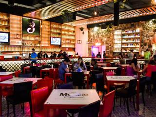 Bar & Klub Modern Oleh Habitá Estudio Creavtivo Modern
