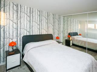 Ristrutturazione appartamento 50 mq: Camera da letto in stile in stile Scandinavo di Fabiola Ferrarello architetto