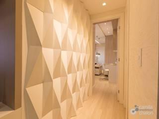 Corridor and hallway by Camila Chalon Arquitetura, Modern