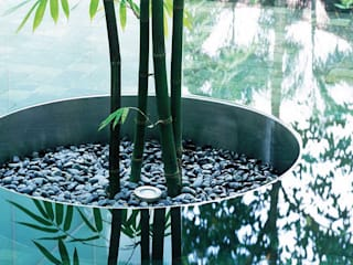 Asian style garden by HB Design Pte Ltd Asian