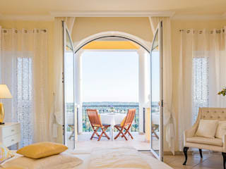 Hotel room views in your private estate Classic style bedroom by Engel & Voelkers Vilamoura Classic