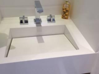 Modern Banyo LILIAN FUGITA ARQUITETURA Modern