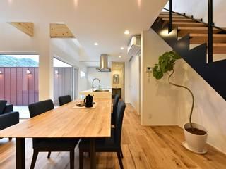 Dining room by Sen's Photographyたてもの写真工房すえひろ, Modern