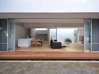Modern Terrace by 門一級建築士事務所 Modern