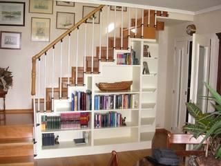 Mueble a Medida:  de estilo  de Buk Design Leon