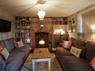 Wren Cottage:  Living room by Askew Cavanna Architects