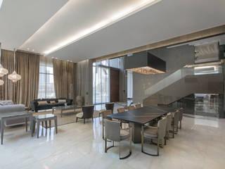 Deep Sky crystal chandelier in Kuwait Manooi Dining roomLighting Amber/Gold