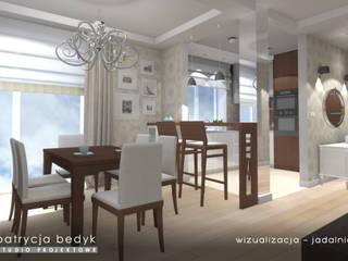 dom jednorodzinny w stylu glamour: styl , w kategorii  zaprojektowany przez Patrycja Bedyk Studio Projektowe