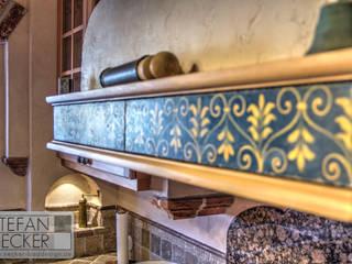 Cocinas de estilo mediterráneo de Stefan Necker BadRaumKonzepte Mediterráneo