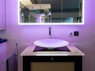 Modern bathroom by Pamela Kilcoyne - Homify Modern