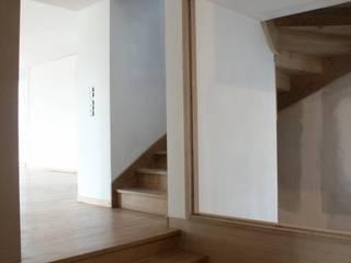 Atelier Presleが手掛けた廊下 & 玄関