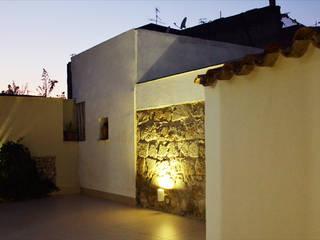 Loft Mediterraneo Case in stile mediterraneo di mera architetti Mediterraneo