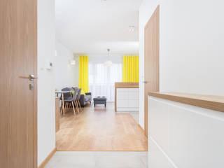 Modern corridor, hallway & stairs by Och_Ach_Concept Modern