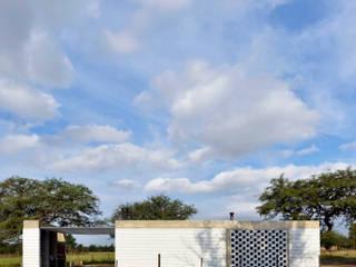 Casa D+S : Casas de estilo  por BSBarqs.