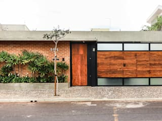 Casas modernas de Cornetta Arquitetura Moderno