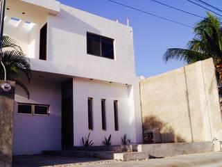 Modern Houses by Grupo HCH Modern