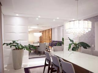 Apartamento descontraído - São Bernardo do Campo, SP Haus Brasil Arquitetura e Interiores Salas de jantar ecléticas Vidro Branco