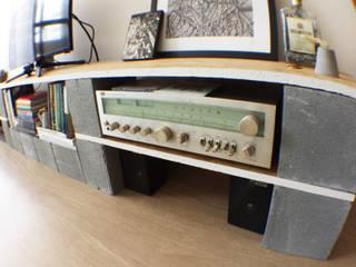 modern  by Andressa Cobucci Estúdio, Modern