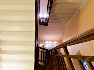 Classic style corridor, hallway and stairs by Pamela Kilcoyne - Homify Classic