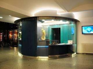 Neubau Eingangsbereich Krankenhaus:  Krankenhäuser von Architektur & Design, Köstler & Placek