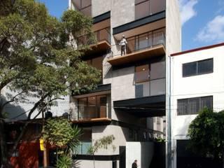 Prosperidad 35: Casas de estilo  por Wolff Arquitectura