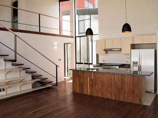 Laredo 18: Comedores de estilo  por Wolff Arquitectura