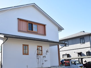 さくま建築設計事務所 現代房屋設計點子、靈感 & 圖片 木頭 White