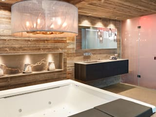HUBER NATURSTEIN bei Münchenが手掛けた浴室, ラスティック