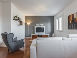 modern Living room by Facile Ristrutturare