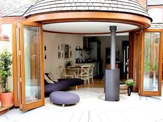 Aylestone Village Modern windows & doors by Simplicity Timber Solutions Ltd Modern