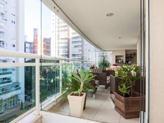 Maisons modernes par Casa Mansur Moderne