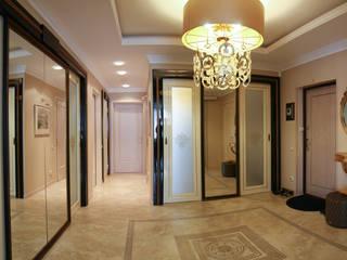 Квартира в классическом стиле.: Коридор и прихожая в . Автор – Дизайнер интерьера