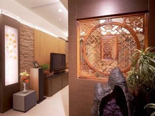 禪風內斂優雅 經典風格的走廊,走廊和樓梯 根據 名昶室內設計 古典風