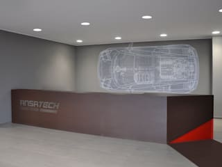 RECEPTION: Ingresso & Corridoio in stile  di ARCHITETTO Ingrid Fontanili