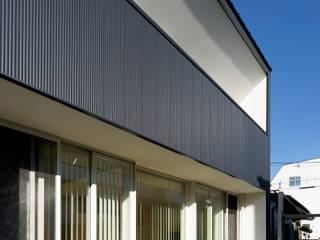 つながりの家 モダンな 家 の 株式会社Fit建築設計事務所 モダン