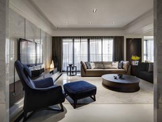 家是記憶的河:  客廳 by 大荷室內裝修設計工程有限公司