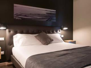 Progettazione di un Bed and Breakfast Camera da letto moderna di Studio Maggiore Architettura Moderno