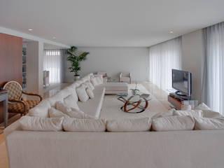 现代客厅設計點子、靈感 & 圖片 根據 B.loft 現代風
