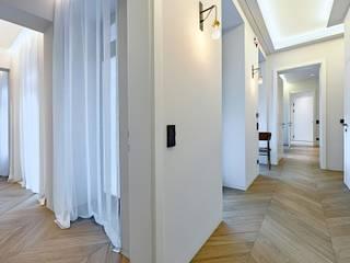 Attico G 43/11 con piscina Vienna Ingresso, Corridoio & Scale in stile moderno di FADD Architects Moderno