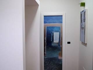 Arte e Architettura - Ristrutturazione di un'abitazione nelle campagne Salentine Ingresso, Corridoio & Scale in stile moderno di Gianluca Vetrugno Architetto Moderno