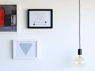 Skandinavische Wohnzimmer von Perfect Home Interiors Skandinavisch