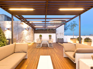 Garden Center Conillas S.L Modern terrace Wood Wood effect