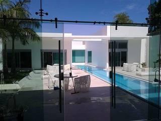 Minimalist house by SG Huerta Arquitecto Cancun Minimalist