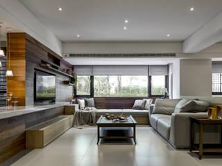 與陽光的約會 大荷室內裝修設計工程有限公司 现代客厅設計點子、靈感 & 圖片