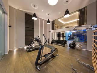 Gym من KSR Architects حداثي