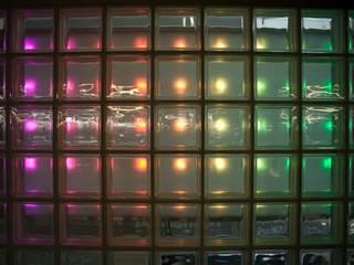 LEDwand / lichtkunst parkeergarage:  Bars & clubs door INsides lichtontwerp
