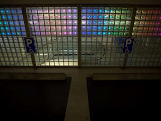 LEDwand / lichtkunst parkeergarage:  Congrescentra door INsides lichtontwerp
