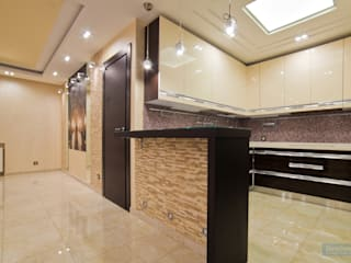 Дизайн-проект трехкомнатной квартиры 140 кв. м в современном стиле: Кухни в . Автор – Студия интерьера Дениса Серова